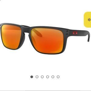 LIKE NEW CONDITION |  Oakley Holbrook sunglasses